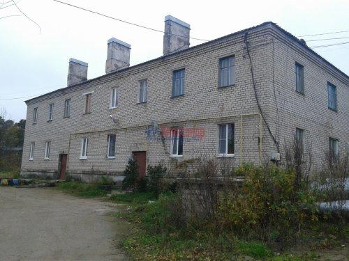 2-комнатная квартира (43м2) на продажу по адресу Кузнечное пгт., Молодежная ул., 8— фото 1 из 10
