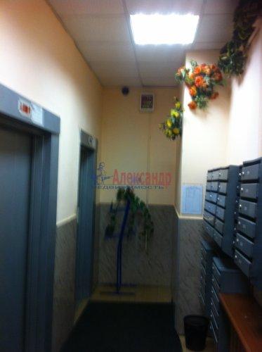 2-комнатная квартира (64м2) на продажу по адресу Энгельса пр., 132— фото 13 из 16