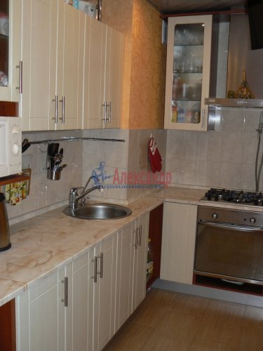 3-комнатная квартира (85м2) на продажу по адресу Типанова ул., 32— фото 11 из 11