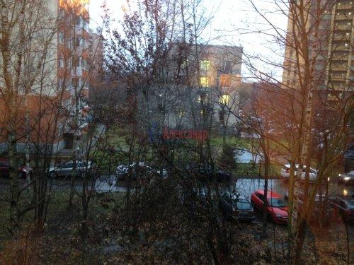 4-комнатная квартира (48м2) на продажу по адресу Лени Голикова ул., 27— фото 14 из 16