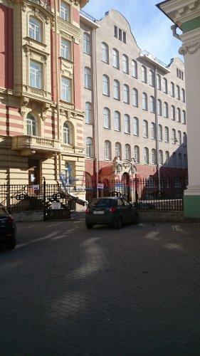 2-комнатная квартира (70м2) на продажу по адресу Кирочная ул., 8— фото 1 из 5