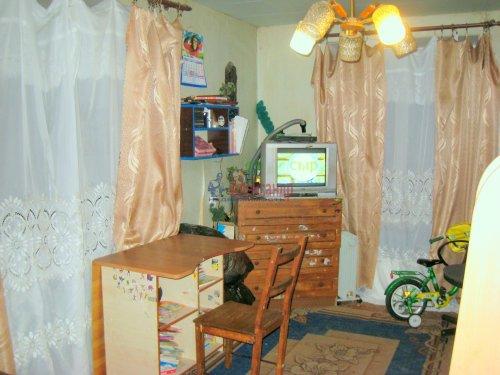 2-комнатная квартира (42м2) на продажу по адресу Павловск г., Мичурина ул., 28— фото 2 из 9