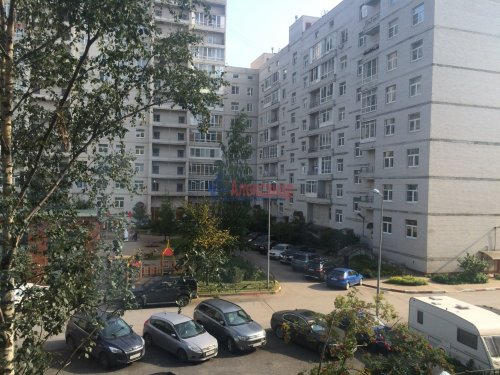 3-комнатная квартира (71м2) на продажу по адресу Народная ул., 68— фото 2 из 13