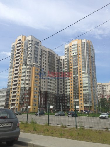 2-комнатная квартира (70м2) на продажу по адресу Дунайский пр., 7— фото 14 из 21