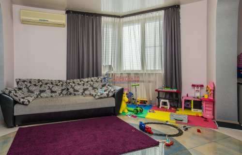 3-комнатная квартира (123м2) на продажу по адресу Савушкина ул., 36— фото 6 из 19