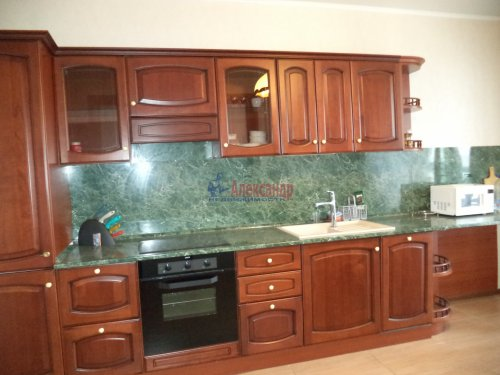 3-комнатная квартира (109м2) на продажу по адресу Луначарского пр., 13— фото 4 из 27