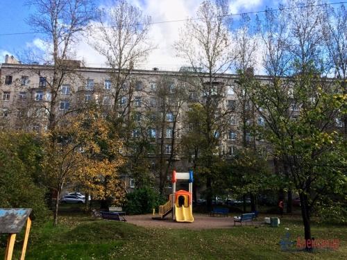 2-комнатная квартира (59м2) на продажу по адресу Московский просп., 189— фото 2 из 11