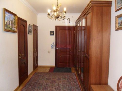 3-комнатная квартира (101м2) на продажу по адресу Науки пр., 17— фото 5 из 33