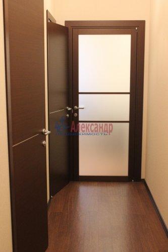 1-комнатная квартира (46м2) на продажу по адресу Науки пр., 17— фото 11 из 12