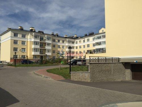 2-комнатная квартира (82м2) на продажу по адресу Пушкин г., Анциферовская (Гуммолосары) ул., 12— фото 4 из 16