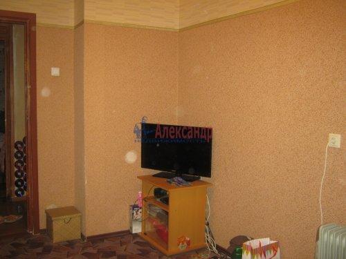 Комната в 6-комнатной квартире (117м2) на продажу по адресу Композиторов ул., 24— фото 2 из 8