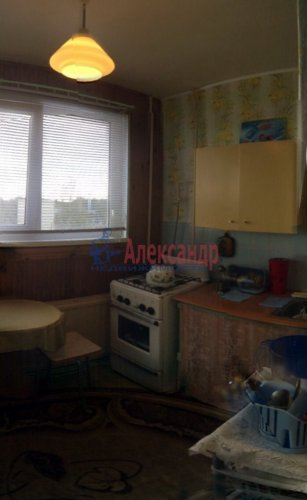 1-комнатная квартира (33м2) на продажу по адресу Приладожский пгт., 3— фото 6 из 9