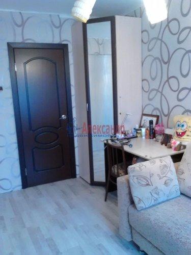 2-комнатная квартира (46м2) на продажу по адресу Металлистов пр., 90— фото 2 из 12