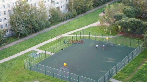 2-комнатная квартира (54м2) на продажу по адресу Ярослава Гашека ул., 2— фото 9 из 10