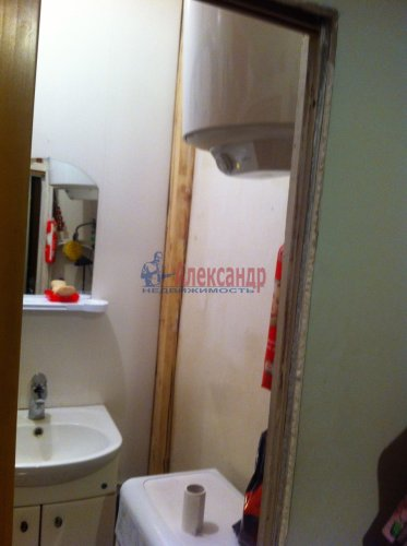 3-комнатная квартира (90м2) на продажу по адресу Всеволода Вишневского ул., 11— фото 4 из 9