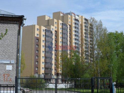 2-комнатная квартира (62м2) на продажу по адресу Металлострой пос., Центральная ул., 19— фото 1 из 7