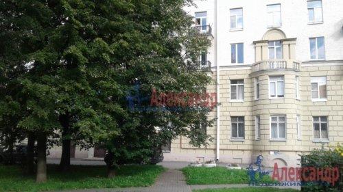 3-комнатная квартира (82м2) на продажу по адресу Среднеохтинский пр., 2— фото 15 из 17