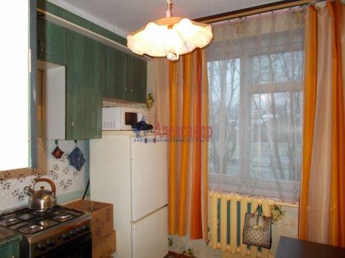1-комнатная квартира (32м2) на продажу по адресу Тихвин г., 5-й мкр., 26— фото 2 из 2