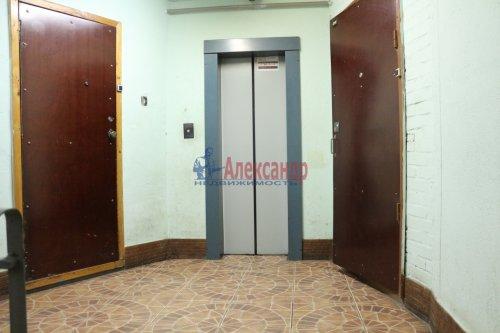3-комнатная квартира (68м2) на продажу по адресу Обуховской Обороны пр., 144— фото 8 из 8