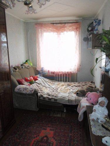 Комната в 3-комнатной квартире (61м2) на продажу по адресу Сосново пос., Ленинградская ул., 7— фото 1 из 2