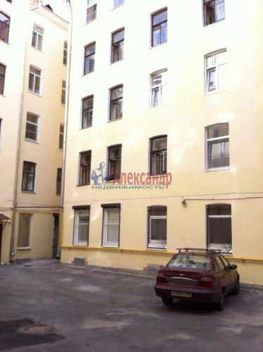 Комната в 4-комнатной квартире (93м2) на продажу по адресу Зверинская ул., 36— фото 3 из 3