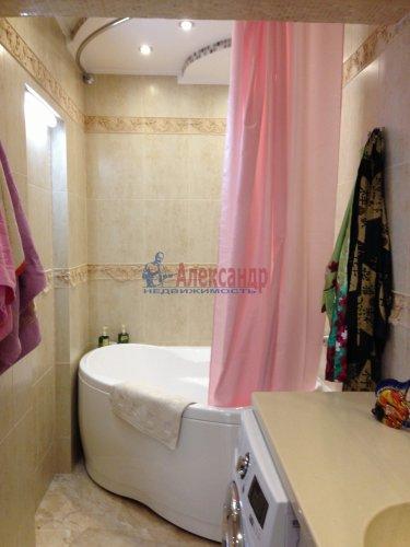 1-комнатная квартира (45м2) на продажу по адресу Учительская ул., 18— фото 9 из 14