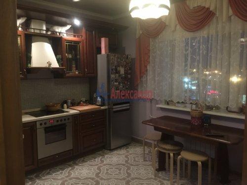 2-комнатная квартира (89м2) на продажу по адресу Ленсовета ул., 88— фото 7 из 14