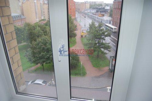 Комната в 4-комнатной квартире (92м2) на продажу по адресу Гаванская ул., 2— фото 4 из 16