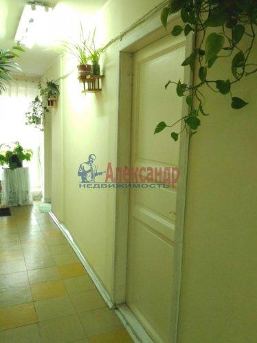 Комната в 5-комнатной квартире (100м2) на продажу по адресу Малая Балканская ул., 52— фото 4 из 14