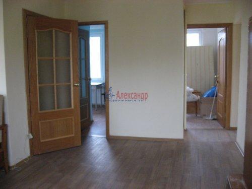 3-комнатная квартира (59м2) на продажу по адресу Шушары пос., Ленсоветовская дор., 3— фото 5 из 11