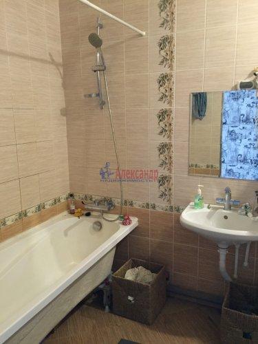 2-комнатная квартира (82м2) на продажу по адресу Пушкин г., Анциферовская (Гуммолосары) ул., 12— фото 5 из 16