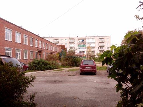 Комната в 3-комнатной квартире (64м2) на продажу по адресу Кузнечное пгт., Гагарина ул., 3— фото 9 из 9