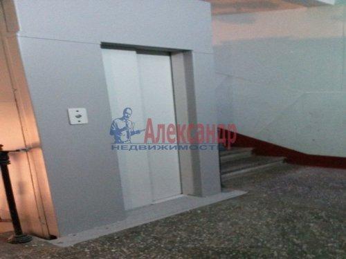 3-комнатная квартира (73м2) на продажу по адресу Московский просп., 191— фото 14 из 20