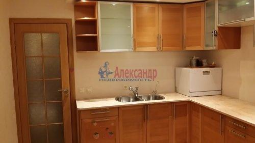 2-комнатная квартира (80м2) на продажу по адресу Руднева ул., 24— фото 2 из 11