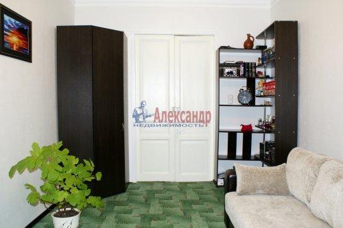 4-комнатная квартира (104м2) на продажу по адресу 11 линия В.О.— фото 1 из 8