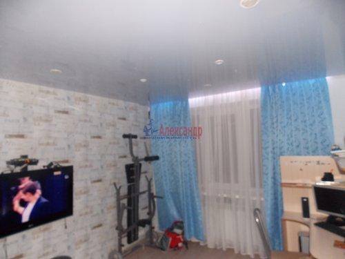 3-комнатная квартира (72м2) на продажу по адресу Шлиссельбург г., Малоневский канал ул., 10— фото 4 из 11