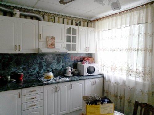 2-комнатная квартира (48м2) на продажу по адресу Кириши г., Мира ул., 4— фото 1 из 8