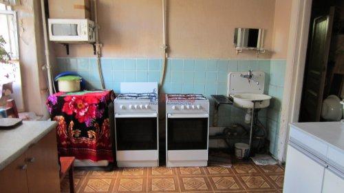 Комната в 8-комнатной квартире (141м2) на продажу по адресу Малодетскосельский пр., 32— фото 10 из 13