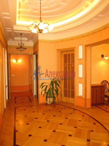 5-комнатная квартира (178м2) на продажу по адресу 7 линия В.О., 32— фото 3 из 22