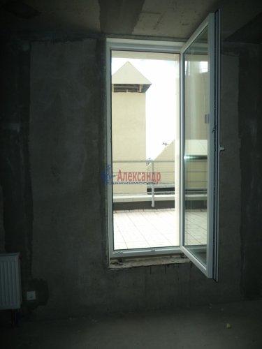 1-комнатная квартира (57м2) на продажу по адресу Маршала Блюхера пр., 15— фото 10 из 13