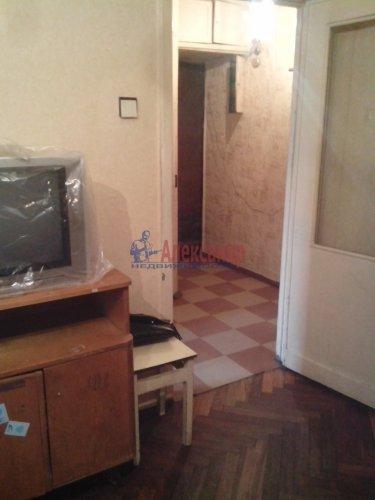 2-комнатная квартира (43м2) на продажу по адресу Песочный пос., Ленинградская ул., 70— фото 7 из 10