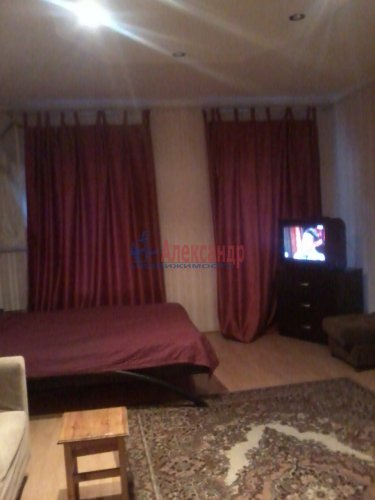 3-комнатная квартира (84м2) на продажу по адресу Старо-Петергофский пр., 10— фото 5 из 14