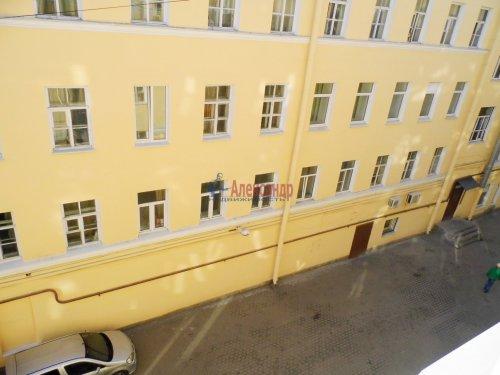 Комната в 4-комнатной квартире (115м2) на продажу по адресу Невский пр., 128— фото 9 из 10