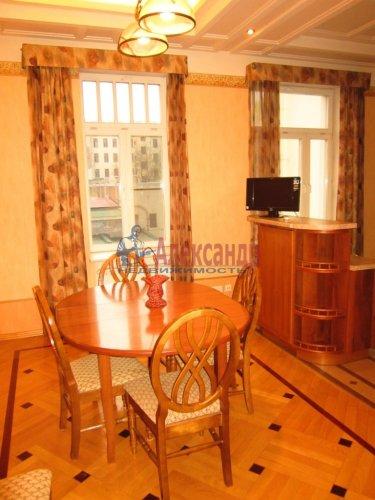 5-комнатная квартира (178м2) на продажу по адресу 7 линия В.О., 32— фото 4 из 22