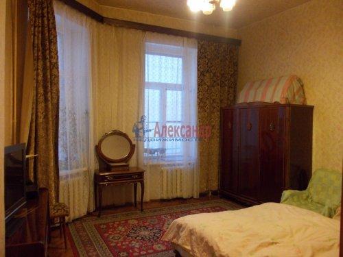 4-комнатная квартира (120м2) на продажу по адресу Невский пр., 107— фото 3 из 11