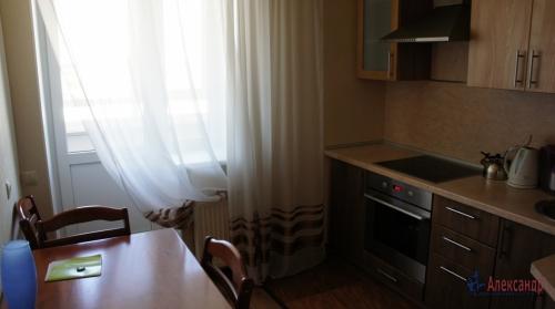 1-комнатная квартира (40м2) на продажу по адресу Караваевская ул., 28— фото 4 из 7