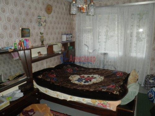 3-комнатная квартира (60м2) на продажу по адресу Сосновый Бор пос., 2— фото 3 из 7