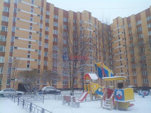 3-комнатная квартира (68м2) на продажу по адресу Обуховской Обороны пр., 144— фото 2 из 13