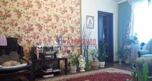 2-комнатная квартира (63м2) на продажу по адресу Ворошилова ул., 27— фото 2 из 13