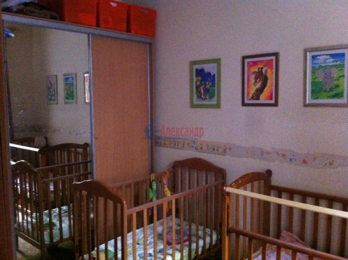3-комнатная квартира (90м2) на продажу по адресу Всеволода Вишневского ул., 11— фото 5 из 9